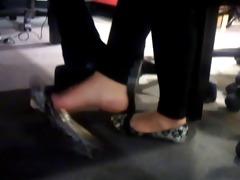 hot oriental thai candid foot dangling