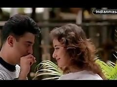 sexy indian actress manishaa nipple slide in a