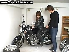 oriental bikerchick receives her love tunnel