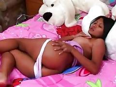 thai playgirl rubbing the love tunnel button