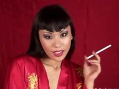 avena lee smokin fetish at dragginladies