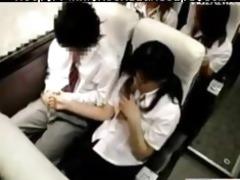 oriental schoolbabe hawt tugjob in bus oriental