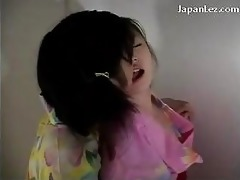 oriental gal getting her twat fingered whilst