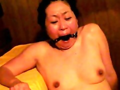 japanese villein in sauna receives fingered