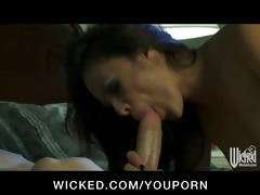 horny asian girlfriend kaylani lei has make-up