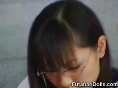 legal age teenager masturbates a futanari coed!