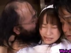 mother i mika osawa receives toy on muff part7