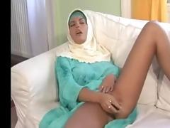 glamorous large bazookas arab wife bonks her chap