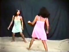 oriental girls battle it is out in nighties
