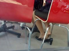 candid oriental nylon shoeplay feet legs in cafe
