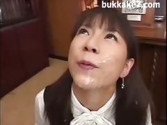 japanese office gokkun jizz licker