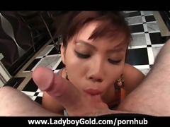 sheboy luktan horny oral-job