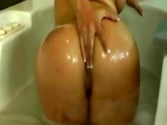 oriental honey solo in the bathtub