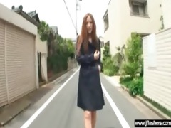 oriental hot sexy woman flash body and get