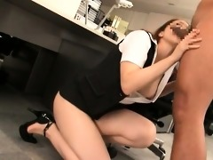 naughty oriental doxy sucks shlong